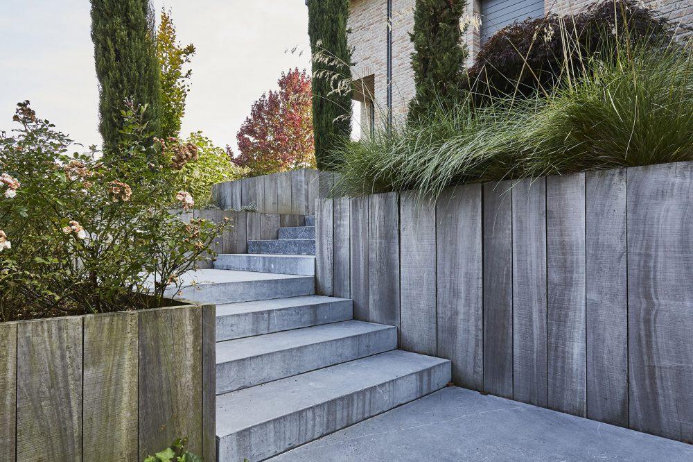 Belgian Blue Stone - Garden Steps - petit granit