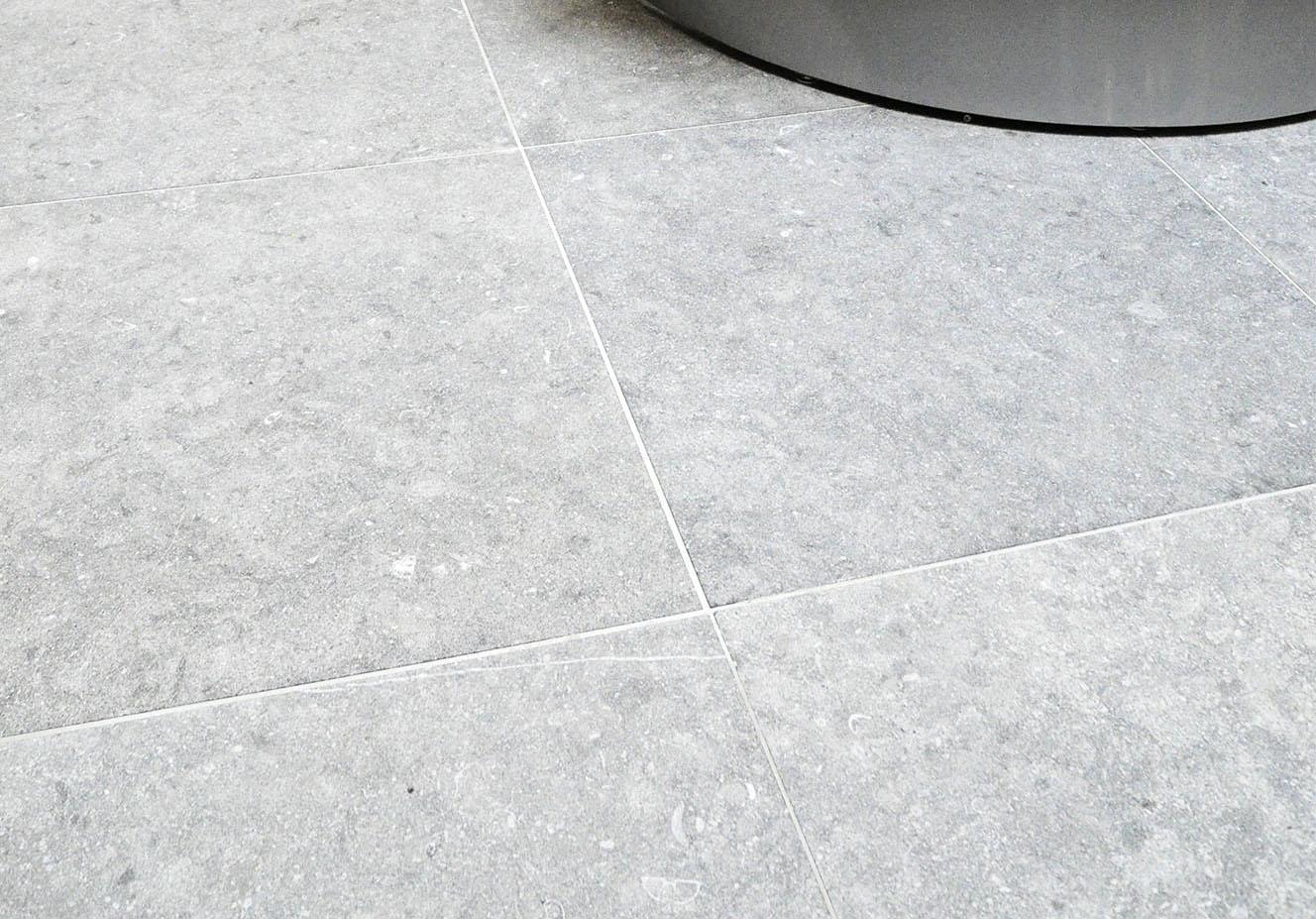 Belgian Blue stone - Floor tiles - Natural stone - Tiles Sabbiato Grey