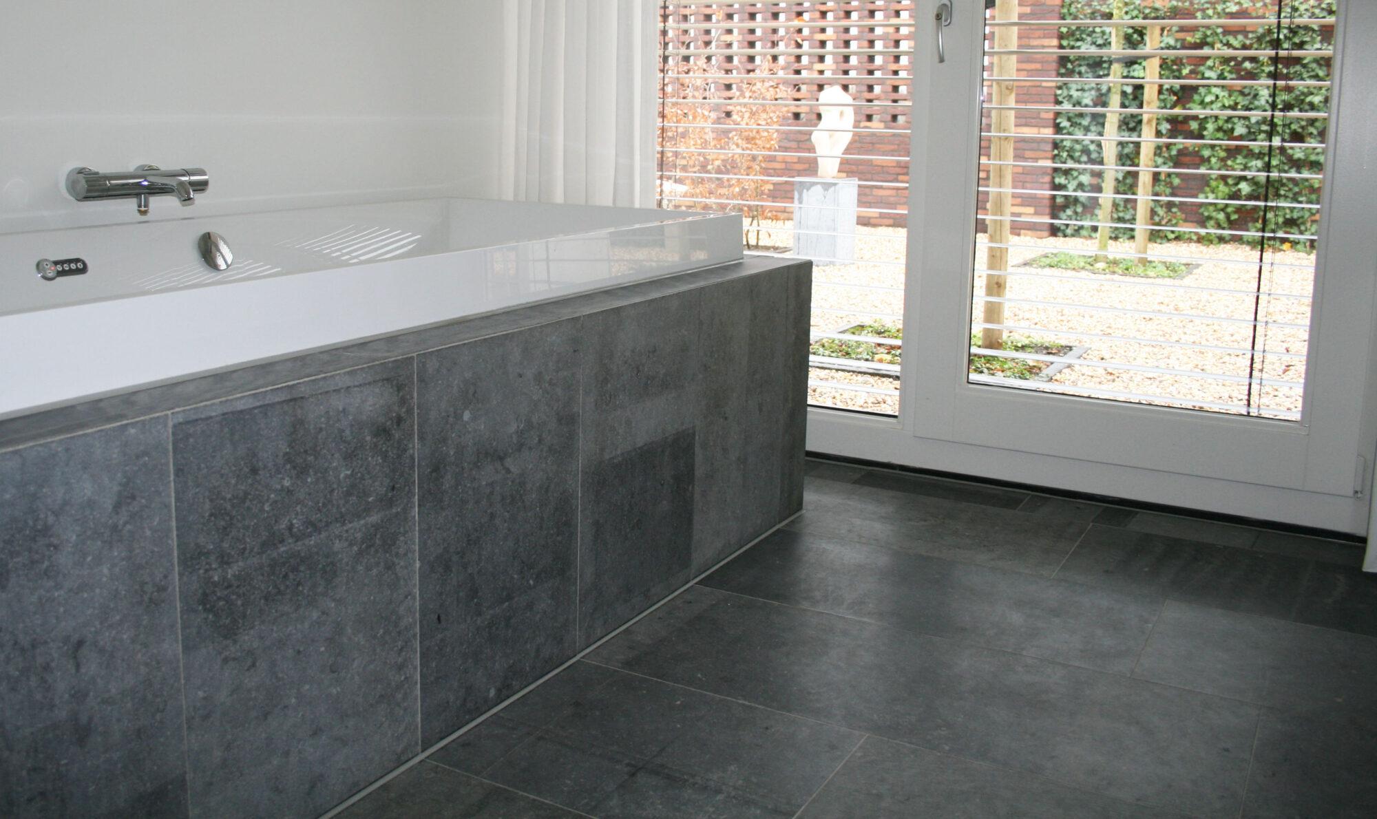 Belgian Blue stone - Floor tiles - Natural stone - Tiles Sawn 2
