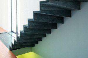 01 Pierre Bleue Belge - Escalier - Adouci Bleu