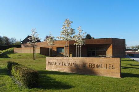Tegels blauwe steen - Het museum van Fromelles - Belgische blauwe hardsteen