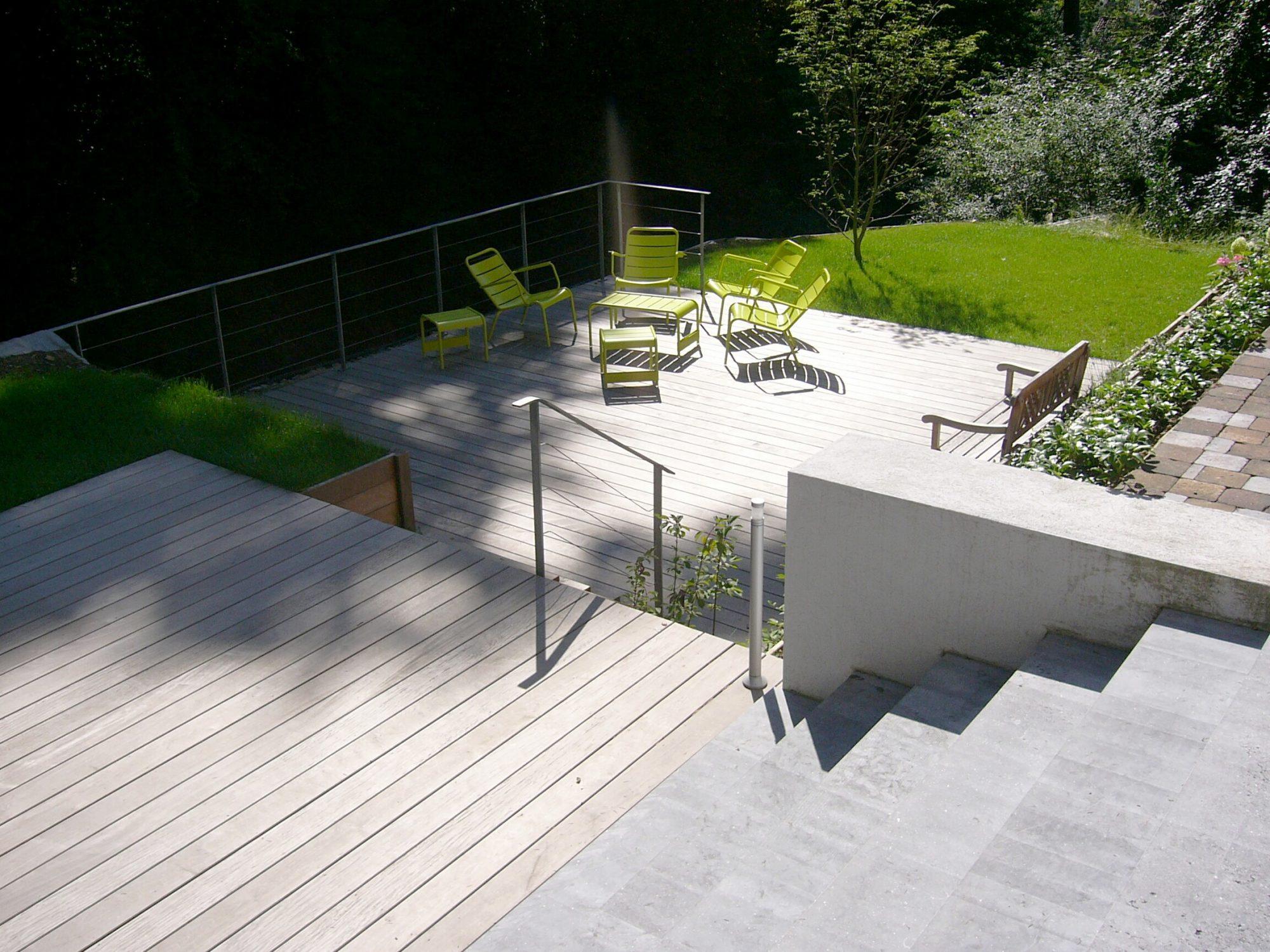 25 - Pierre Bleue Belge - escalier - Brut de Sciage