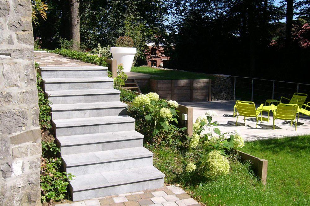 Pierre Bleue Belge - escalier marche contremarche jardin