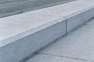 Pierre Bleue Belge - escalier - Marche Taille ancienne